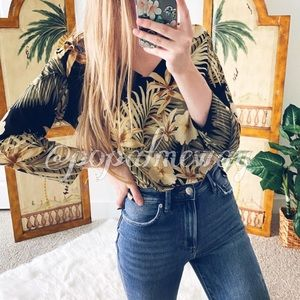 Chico's Travelers Tropical Paradise Blouse